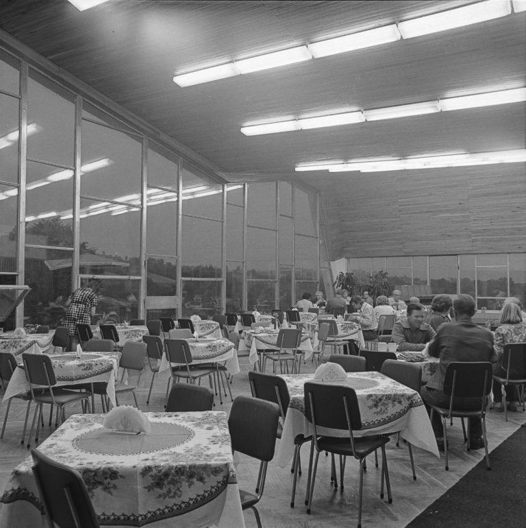 Ośrodek Budowlanych – wnętrze