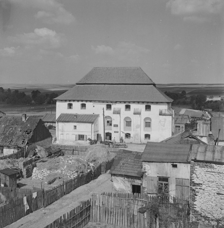 Zbór kalwiński z okna bursy