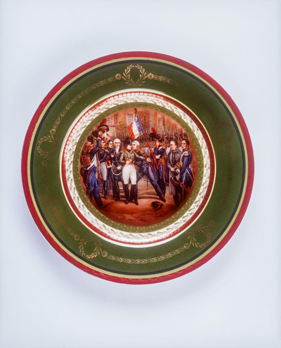 """Talerz """"Z życia Napoleona Bonaparte"""" – pocz. XX w., Muzeum Histor. Archeol. Ostrowiec Św."""