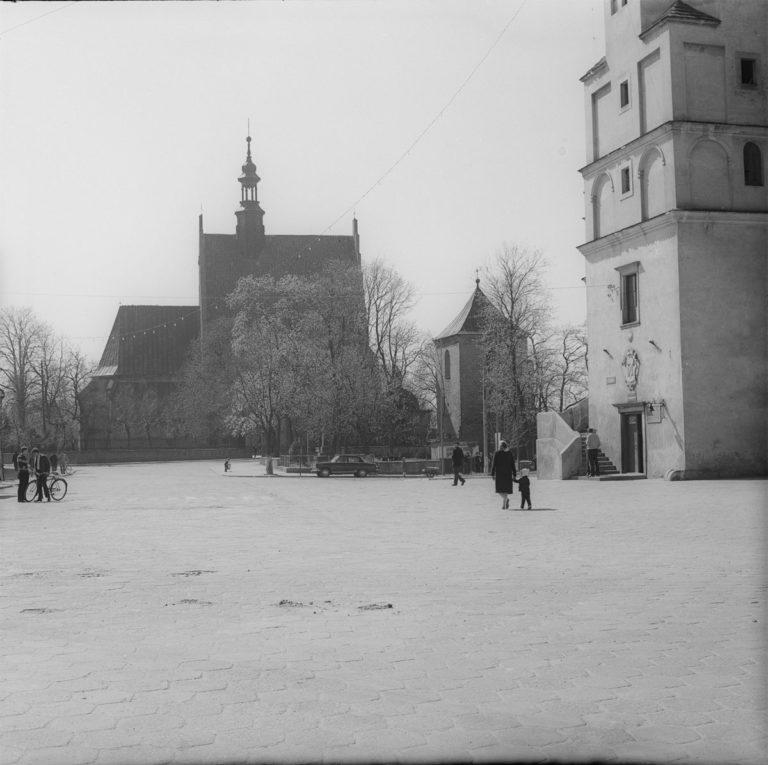 Fragmenty kościoła